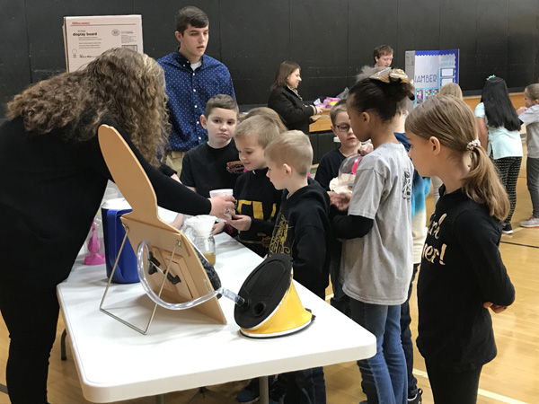 2019-3-8--Science_Fair.jpg